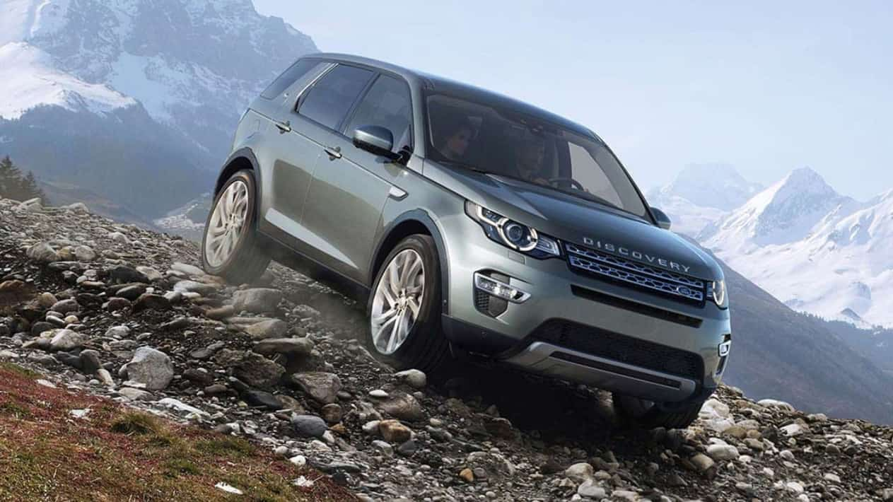 Land Rover Discovery Sport 2018 renting